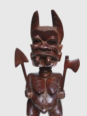 """Африканская фигура из красного дерева """"Бесогон"""" высотой 60 см"""