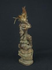 Фигура женщины предка народности Songue