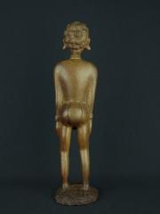 Статуэтка девушки африканки из красного дерева«Девять жизней»
