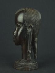 Статуэтка бюст воина из эбенового дерева