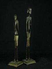 Статуэтка африканской женщины из бронзы «Матриархат». Страна происхождения - Кения.