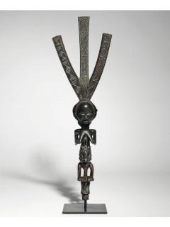 Продажа статуэтки Luba (Конго) вошла в ТОП-10 аукционных продаж 2015 года
