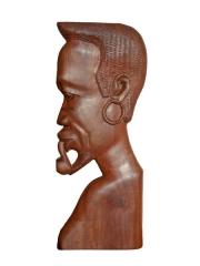 Панно на стену из красного дерева в африканском стиле