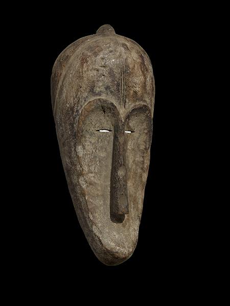 Африканская ритуальная маска народности Fang. Страна происхождения Габон. Материал дерево. Высота 70 см.