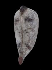 Известная африканская маска Fang Ngil
