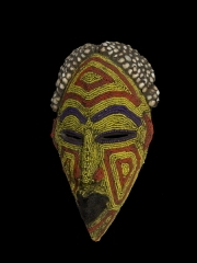 Купить африканскую церемониальную маску с бисером народности Bamun