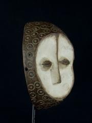 Ритуальная маска народности Lega с двойным лицом