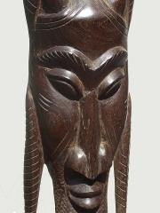 """Декоративная африканская маска из красного дерева """"Змееборец"""""""