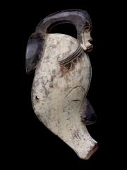 Африканская маска народности Fang Ncoock