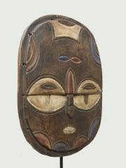 Известная африканская маска Teke Tsaye (Конго, Габон)