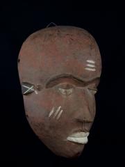 Купать африканскую маску народности Western Pende