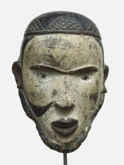Маска народности Bakongo