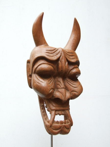 Настенная маска демона Hannya из тяжелого дерева