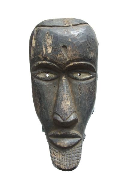 Маска из дерева народности Yombe