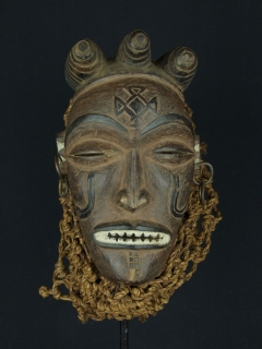 Маска Chokwe Mwana Pwo [Ангола]