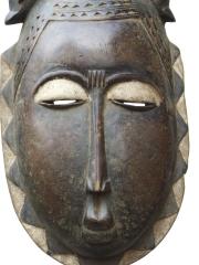 Маска народности Yaure - эмблема духовной энергии