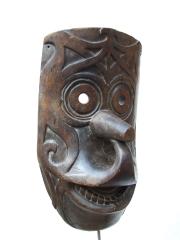 Танцевальная маска народности Dayak с острова Борнео