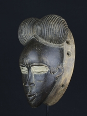 Африканская маска народности Guro [Кот-д'Ивуар]
