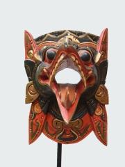Маска птицы Гаруды из частной коллекции