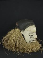Маска шлем народности Suku