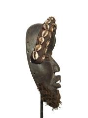 Африканская маска Dan Takangle