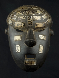 Маска Mukinka (воина) народности Salampasu