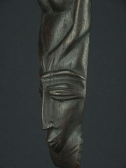 Настенное панно «Диктатура женщины» из твердой породы дерева