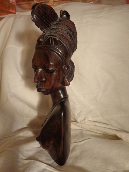 """Статуэтка из Африки """"Цыганка"""" из твердой породы дерева"""