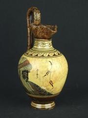 Греческий кувшин с традиционным рисунком
