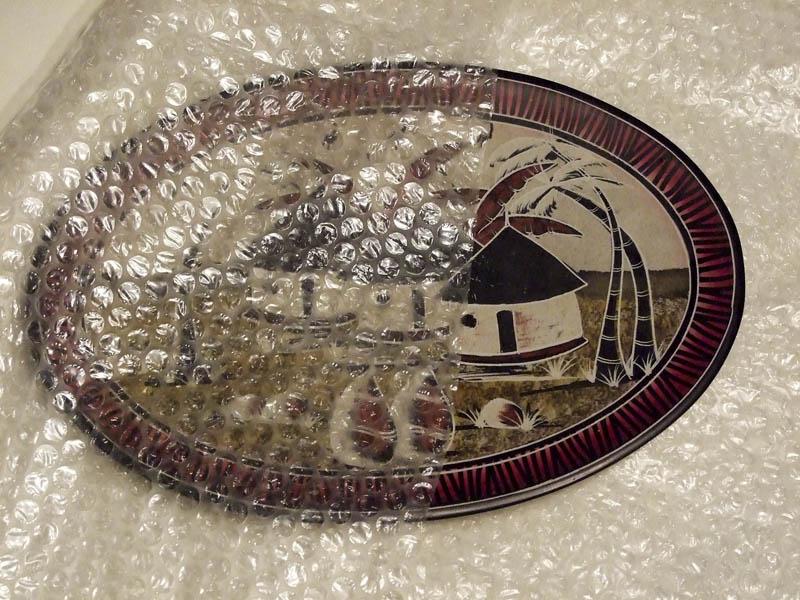 Упаковка декоративной тарелки для почтовой пересылки