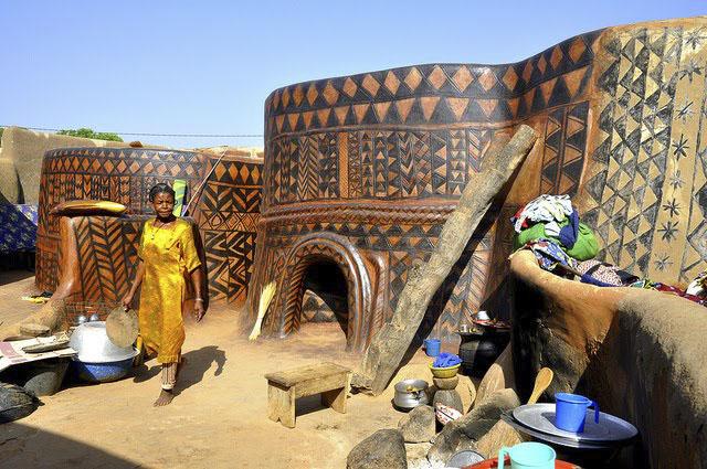Жилище Gurunsi Западная Африка