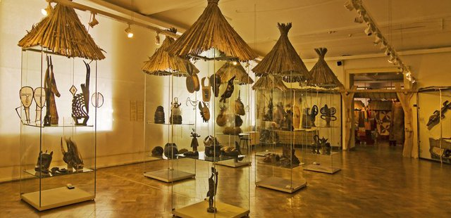 Náprstek Museum of Asian, African and American Cultures / Музей Напрстек, Прага